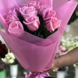 11 розовых роз в Полтаве фото