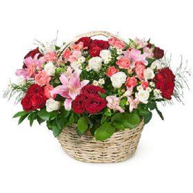 """Корзина """"Счастье"""" микс цветов"""
