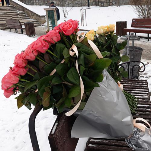 розовые розы в Полтаве