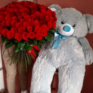 101 метровая роза в Полтаве фото