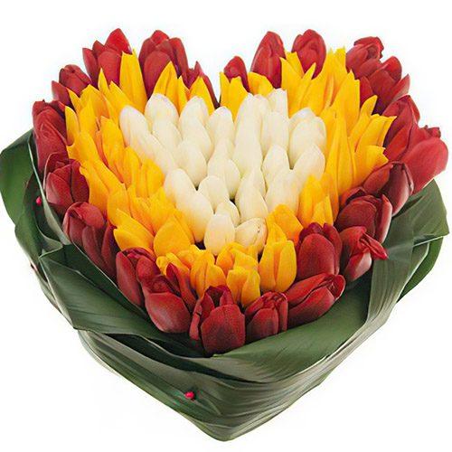 "Фото товара 151 тюльпан сердцем ""Краски весны"""