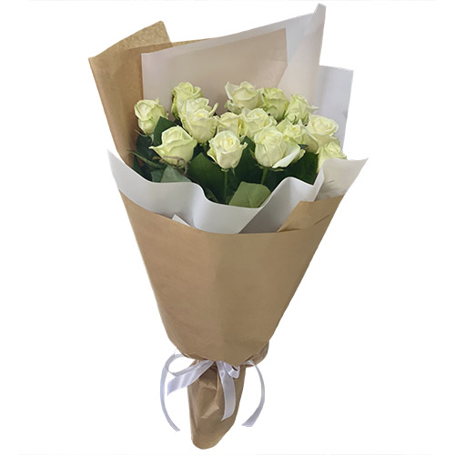 15 белых роз букет