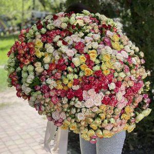 Доставка букета 201 кустовая роза